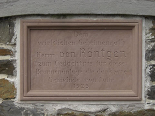 Gedenktafel am Roentgen Brunnen in Fahr am Rhein